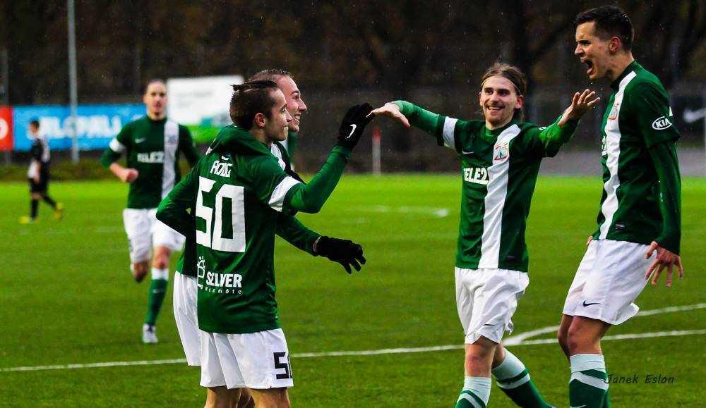FC Flora II Esiliiga võitja 2015