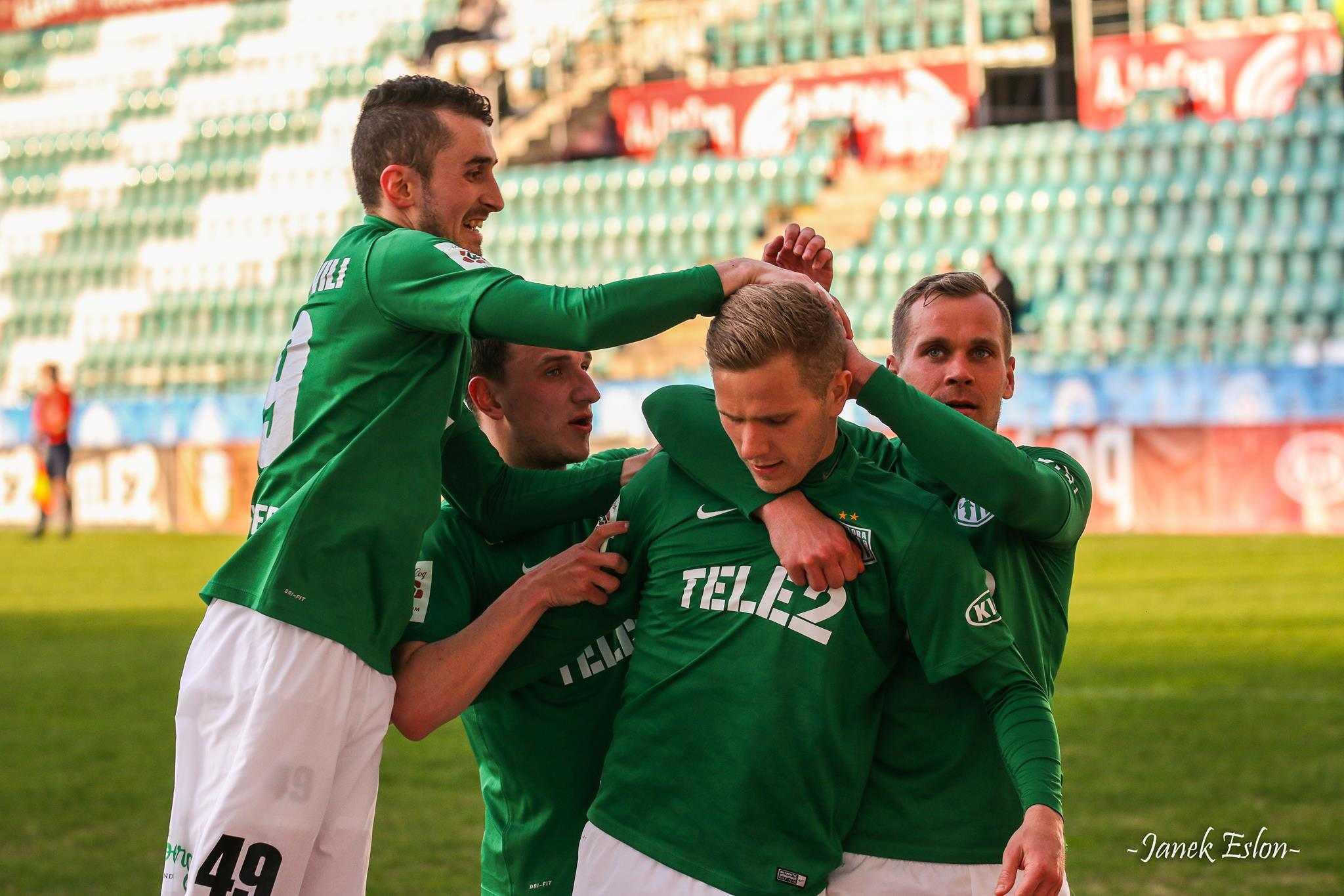 Markus Jürgenson, Andre Frolov, Zakaria Beglarihsvili. Karikapoolfinaali 2016 vs Tammeka.