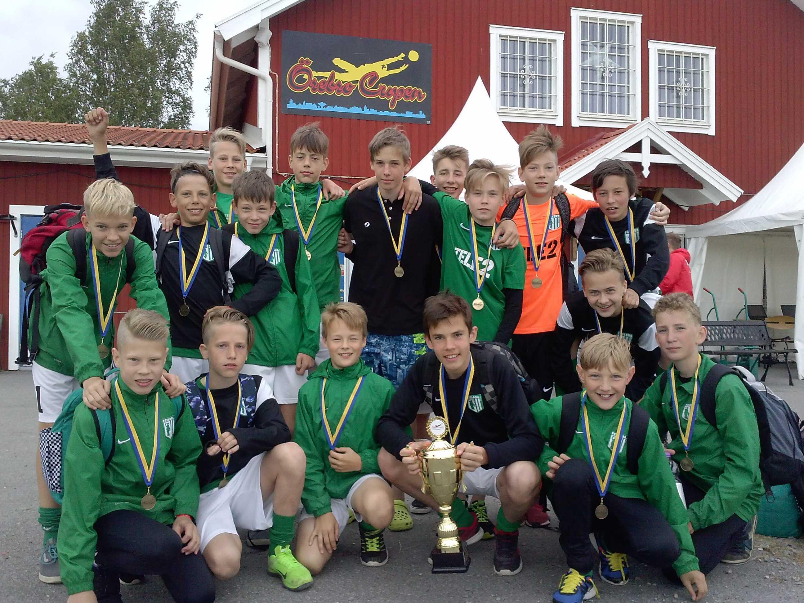 FC Flora 2003 poisid Örebro Cupil 19.juuni 2016